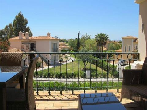 Apartamentos T2 - Jardim - Piscina - Campo de Golf - Lagoa