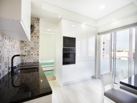 Apartamento T3 - Remodelado - Varanda - Praia da Rocha
