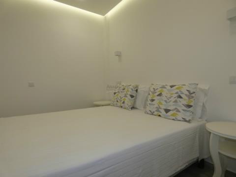 Moradia - Hostel - 3 Suites + T0 - Alvor Centro
