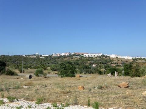 Lotes de terreno - Construção de moradias em banda - Pontalgar