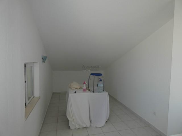 Moradia em Banda T3 - Garagem - Alvor - Sesmarias