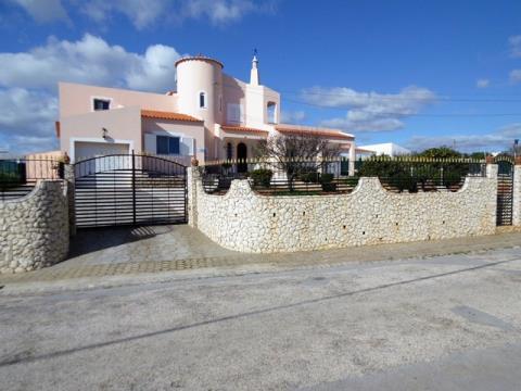 Einfamilienhaus T4 - Garage - Garten - Lagoa - Centro