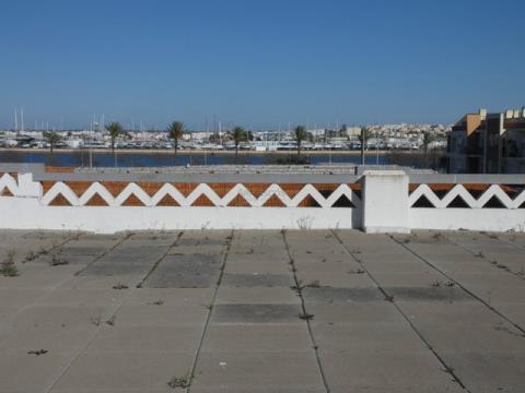 Gebäude - Portimão Waterfront - Blick auf den Fluss - Portimão