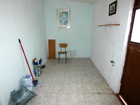 Moradia para Remodelar - Alvor - Centro