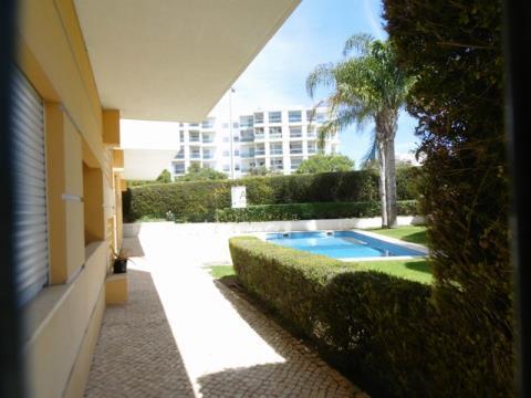 apartamento T2 com piscina Alto do Quintão