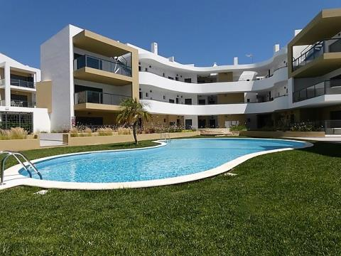 Apartamento T2 - Garagem - Piscina - Albur Village - Alvor