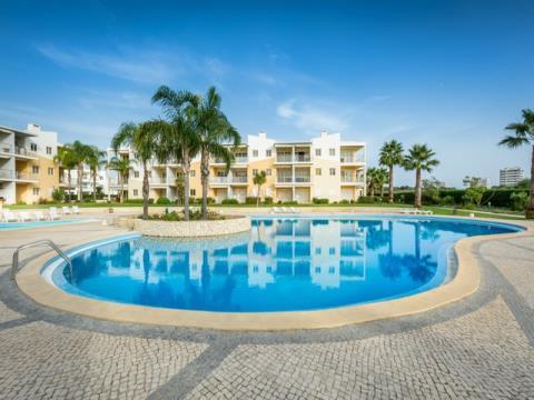 Apartamento T2 - Garagem - Piscina - Vila da Praia - Alvor
