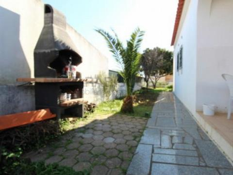 Moradia V4 - Jardins - Isolada - Para venda Portimão