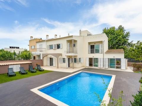 Villa V4 - Pool - Garage - Vale Lagar