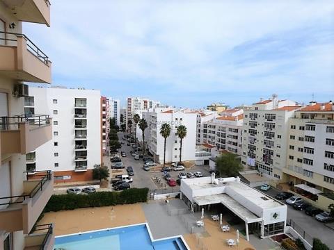 Apartamento T2 - Arrendamento anual - Lugar Garagem - Quinta da Malata - Portimão
