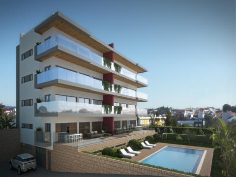 Lotes de Terreno - Edifício com Piscina - Projecto Incluído - Sesmarias