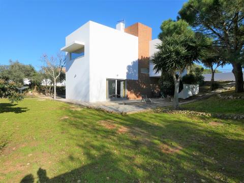 Moradia T3 - Arquitetura Moderna - Garagem - Montes de Alvor - Portimão