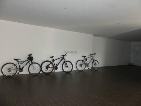 Moradia T4 Contemporânea - Piscina - Garagem - Jardim - Bemposta - Vale Freire