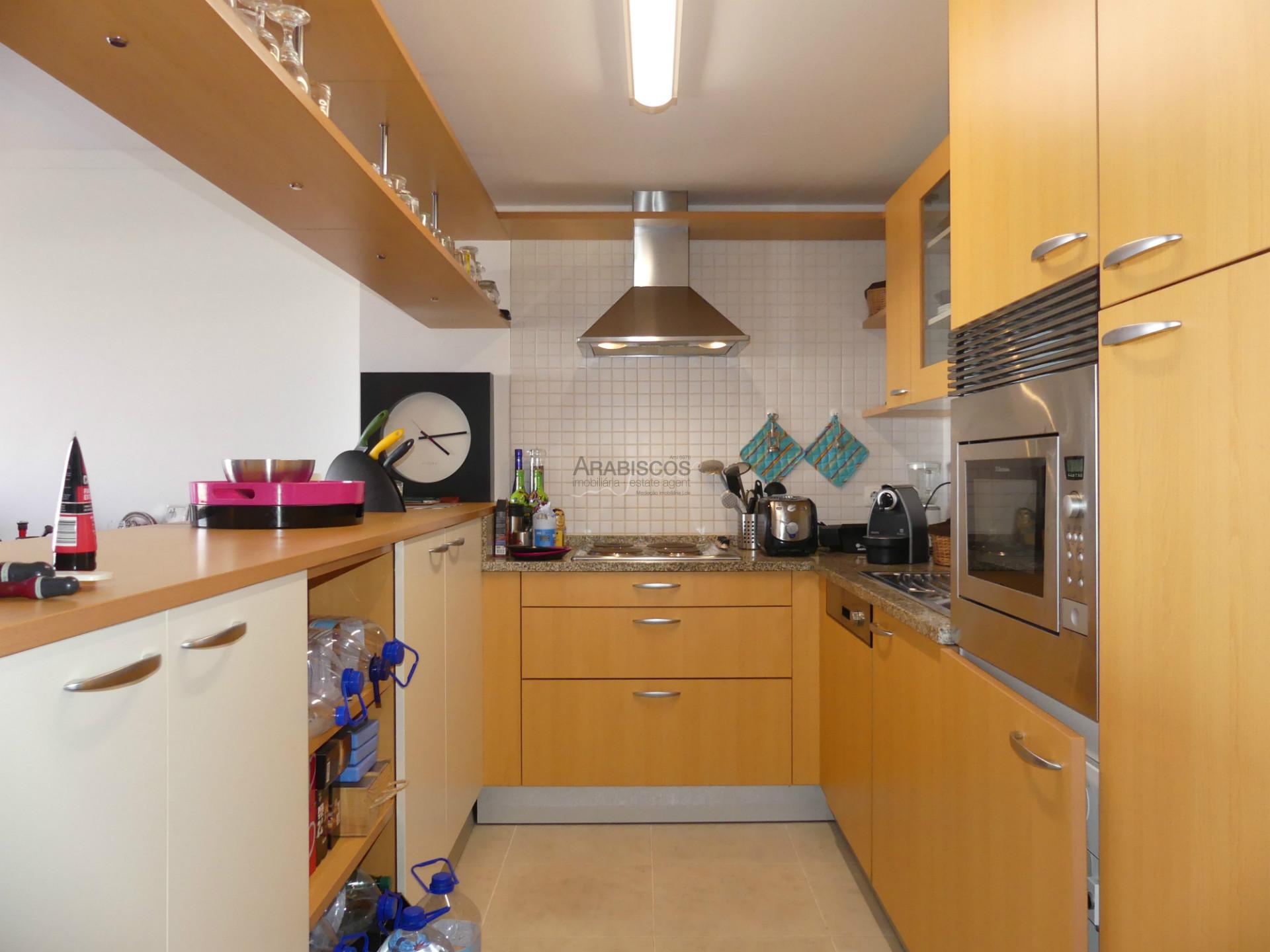 Apartamento T1 - Vista Rio Arade - Piscinas - Garagem - Ginásio - Encosta da Marina