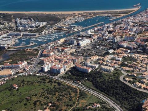 Lotes de Terreno - Edifícios com Piscina - Vista Marina - Lagos