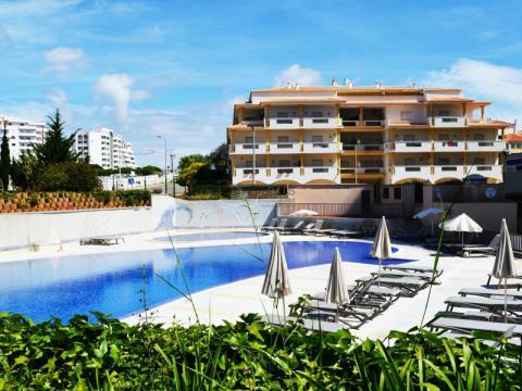 Apartamento T1 - Condominio Privado - Piscina - Varanda grande - Vista Mar - Praia da Rocha