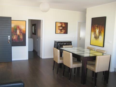 Apartamento T3 - Vista Rio - Terraço - Ferragudo - Lagoa - Algarve