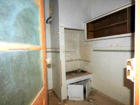 Casa T2 - Cortile - Recupero - Centro de Portimão - Algarve