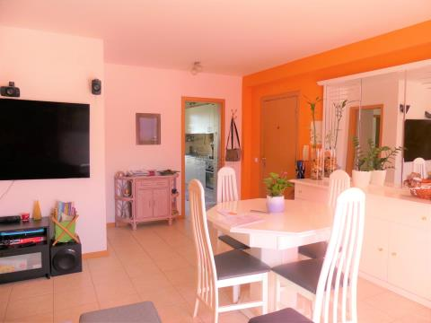 Flat 3 bedrooms - Closed storage - Quinta das Oliveiras - Portimão - Algarve