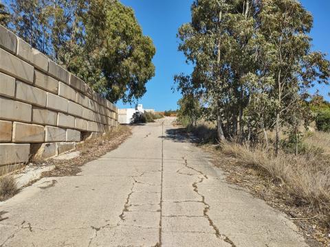 Industriegrundstück - Lagerhausbau - Ausgezeichnete Lage - Mexilhoeira Grande - Algarve