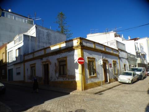 Casa da ristrutturare - Terrazza - Zona ARU - Portimão - Centro