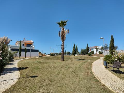 Lote de Terreno - Moradia em Banda - Vale Lagar - Algarve