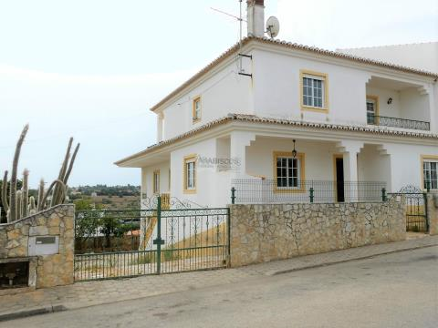 Imóvel de Banco - Moradia em banda - T3 - Lagos - Algarve