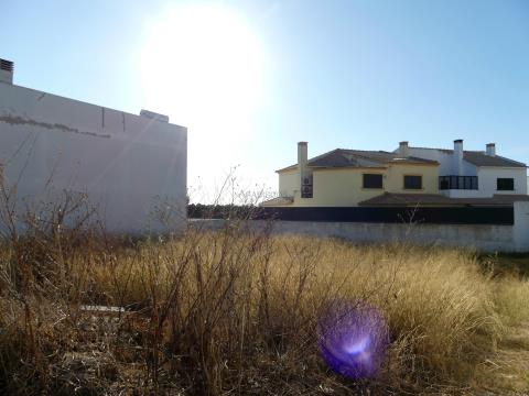 Plots of Land - Town House - Tranquillity - Vale Freire