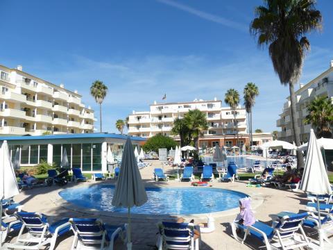 1 Bedroom Apartment - Garage - Pool - Gardens - Portimão - Algarve