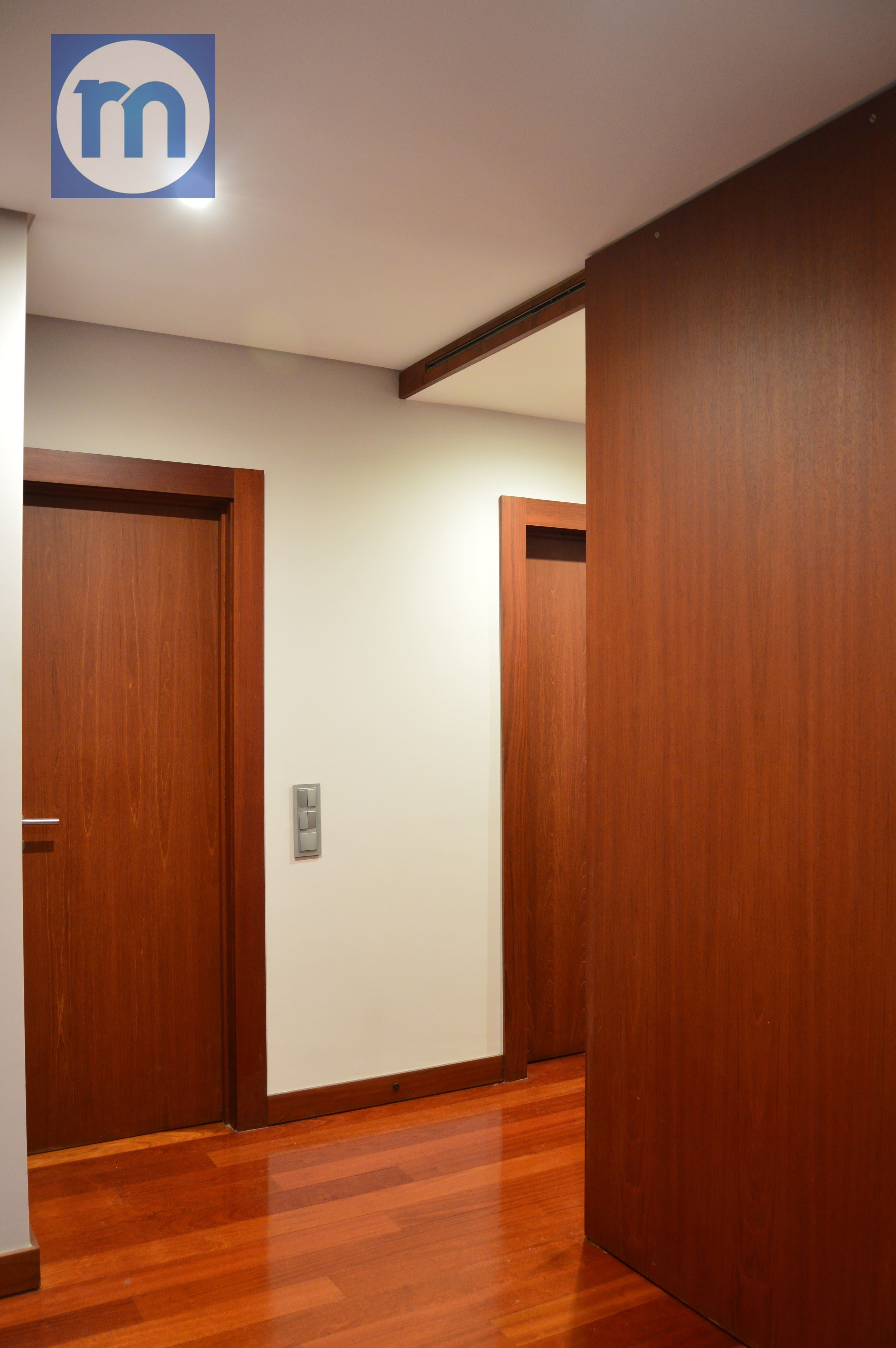 Hall camere