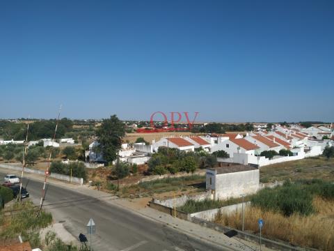 Excelente Apartamento T3 nos Alamos em Évora