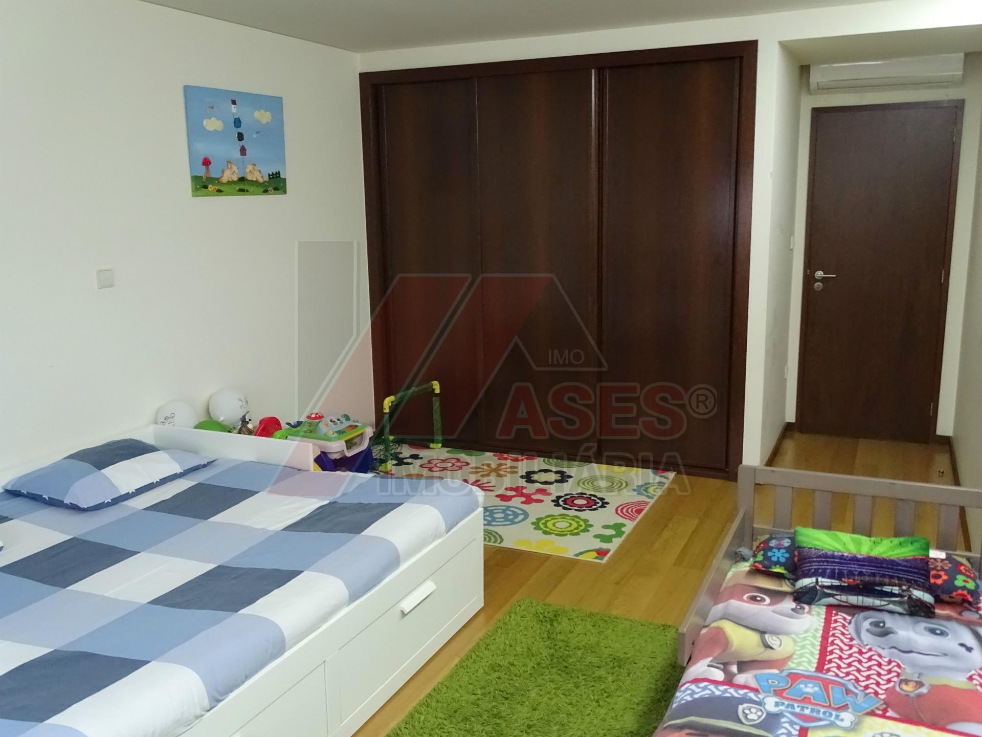 Apartamento T2+1