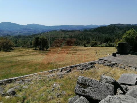 Terreno com possibilidade de construção em Pedraça, Cabeceiras de Basto