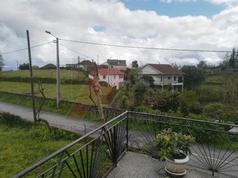 Moradia em Pedra, Rio Douro em Cabeceiras de Basto