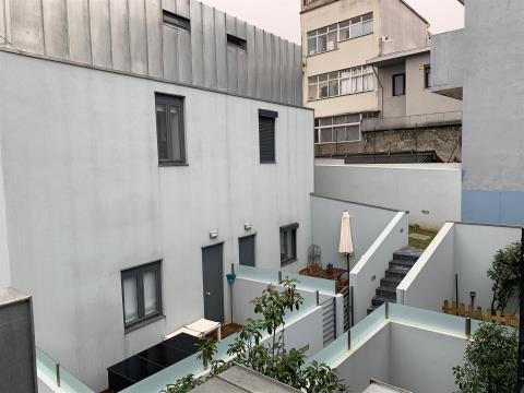 Maison dans village 3 Chambre(s) Duplex
