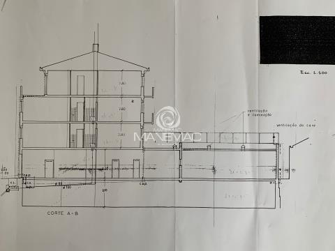 Palazzo >=11 Vani