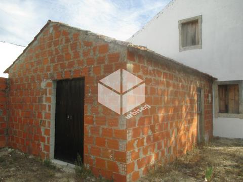 Casa de Habitação com 6530 m2 na Gala