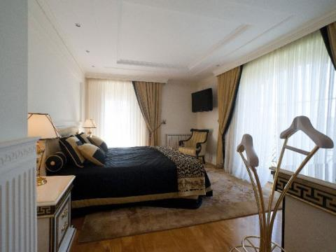 Villa 6 Schlafzimmer
