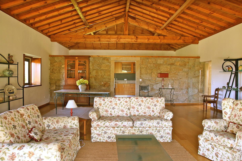 Luxo nas Costas da Serra de Arga, C/Piscina, P.Coura; Alto Minho