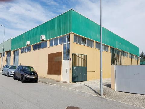 Industria; pavilhão 600m2 c/500m2 de logradouro