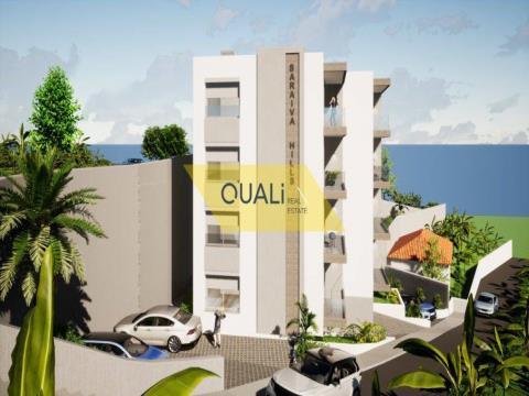 Apartamento de 2 habitaciones en Câmara de Lobos - Madeira - € 250.000,00