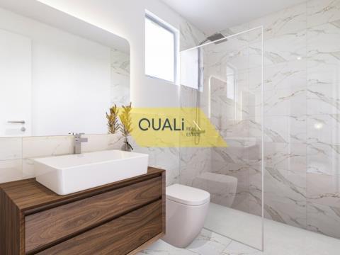 Apartamento T1 em Câmara de Lobos - Madeira - € 135.000,00