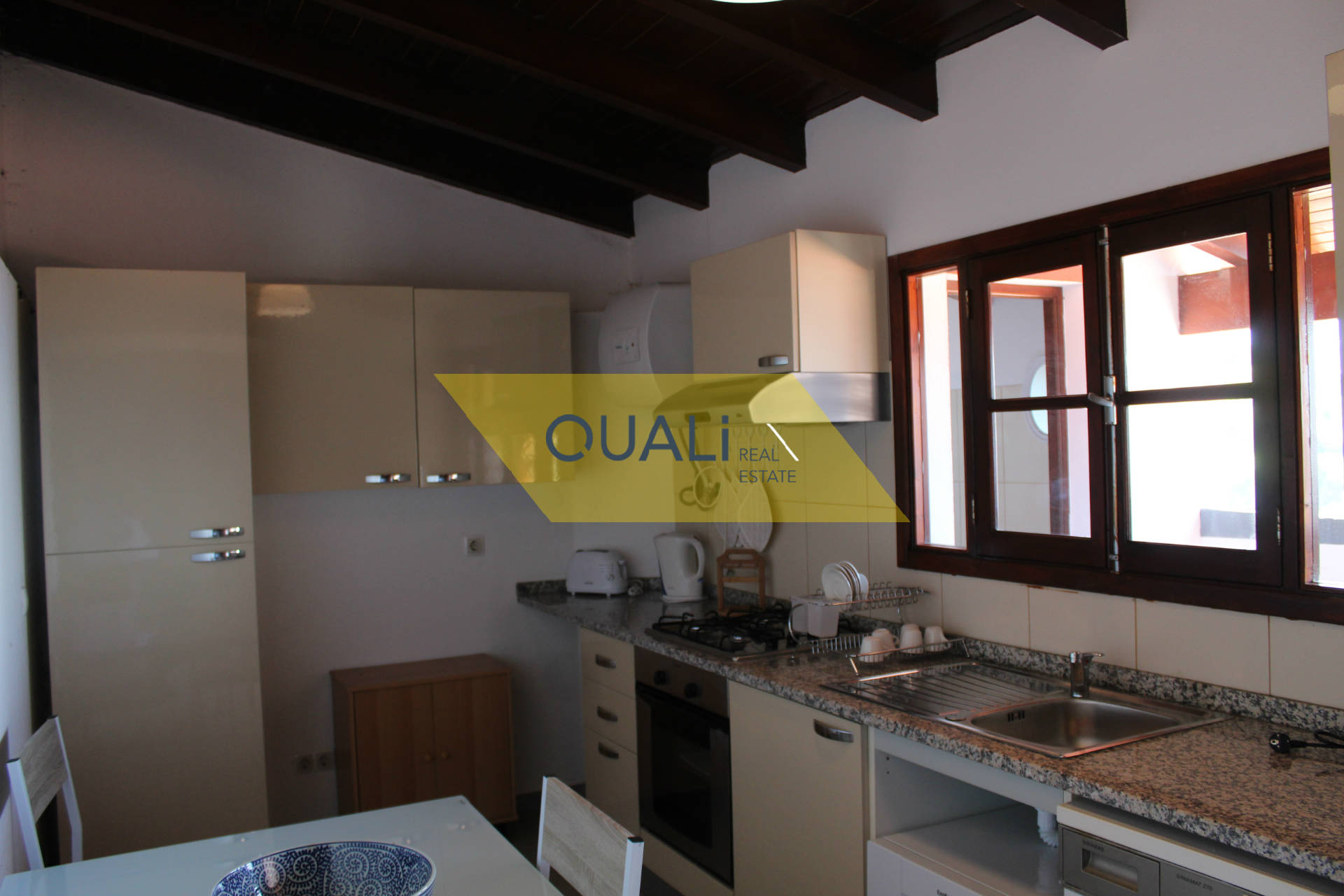 Two 2 bedroom Townhouses with land of 3.900 m2 in Calheta for Sale.