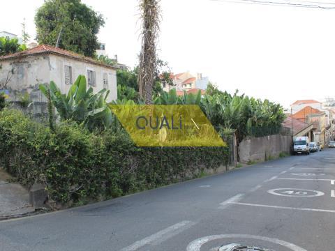 Edificio con 2810 m2 a Funchal - Isola di Madeira. € 1.550.000,00