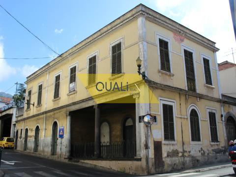 Edificio da ristrutturare a Funchal - Isola di Madeira. €650.000,00