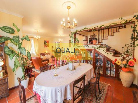 Haus mit 3 Schlafzimmern und 2 Wohnungen T0 zum Verkauf in - Insel Madeira.€599.000,00