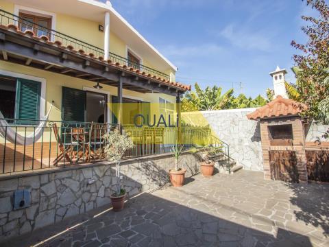 Casa indipendente T2 + 1 a Funchal - Isla de Madeira - € 325.000,00