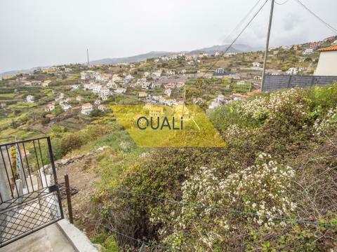 Rustikales Land von 3132m2 in Ribeira Brava, Insel Madeira - € 220.000,00