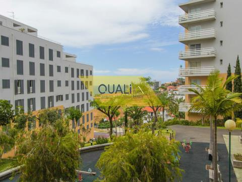 Excellent 3 bedroom Apartment for Sale in Pilar - Funchal - €195.000,00