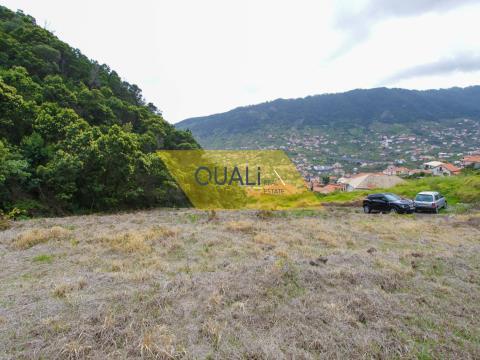 Terreno com 2000 m2 em Machico - Ilha Madeira. €67.000,00